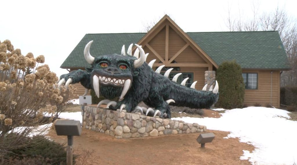 10-P-WIS.-OUTDOORS-HODAG-HUNTING-1024x569